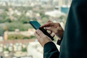 Débit, taux de couverture, 5G ... Tout ce qu'il faut savoir sur les opérateurs mobile